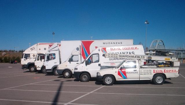 nuestros camiones mudanza